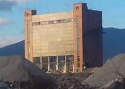 Demolition of a building in Kremikovtsi